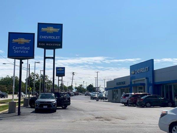 Dick Wickstrom Chevrolet, Roselle, IL, 60172