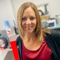 Julie Sutter at Dave Smith Nissan