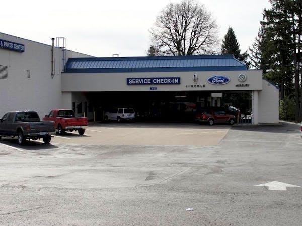 Landmark Ford Lincoln, Tigard, OR, 97223