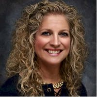 Donna Braunstein at M&M Auto Group