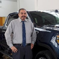 Alex Sarabia at Mark Christopher Auto Center