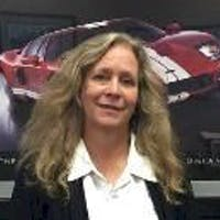 Cindee Manaves at Arlington Heights Ford
