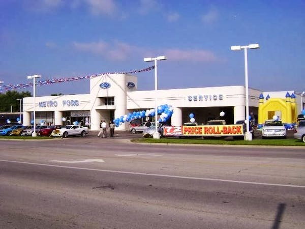 Metro Ford Kc >> Metro Ford Inc Ford Service Center Dealership Ratings
