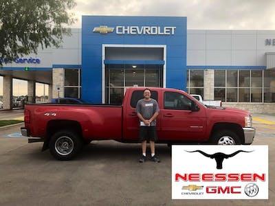 Neessen Chevrolet Buick Gmc Truck Chevrolet Buick Gmc Used Car Dealer Service Center Dealership Ratings
